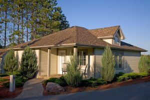 Wooden Sticks Golf Club, Cabin Accommodations, Cabin Amenities, Cabin Dining Room Interior, Golf Course Accommodations,